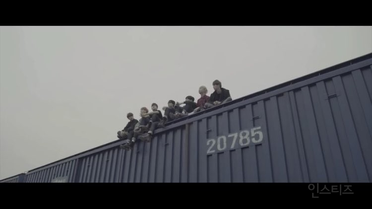 EXO 防弾少年団